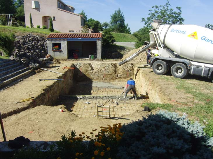 Construction de piscine tournefeuille maisons piscines for Construction de piscines