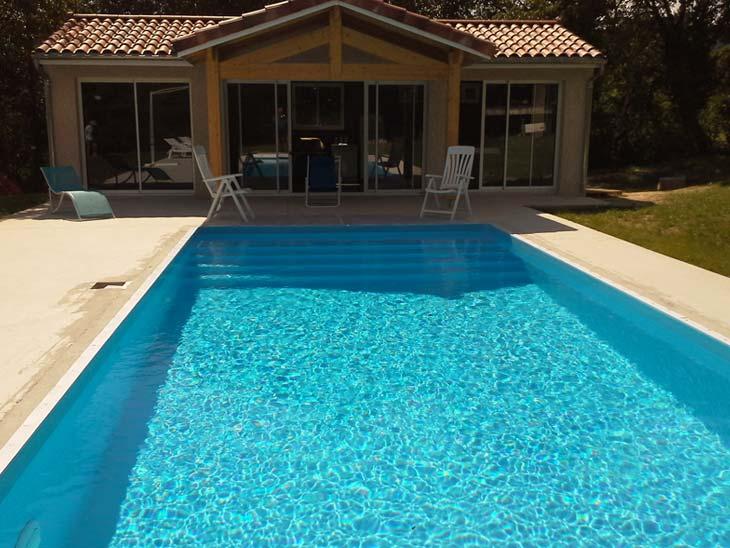 Piscine mesure muret maisons piscines et tradition for Piscine fonsorbes
